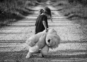 Las infancias, la violencia intrafamiliar y la ESI